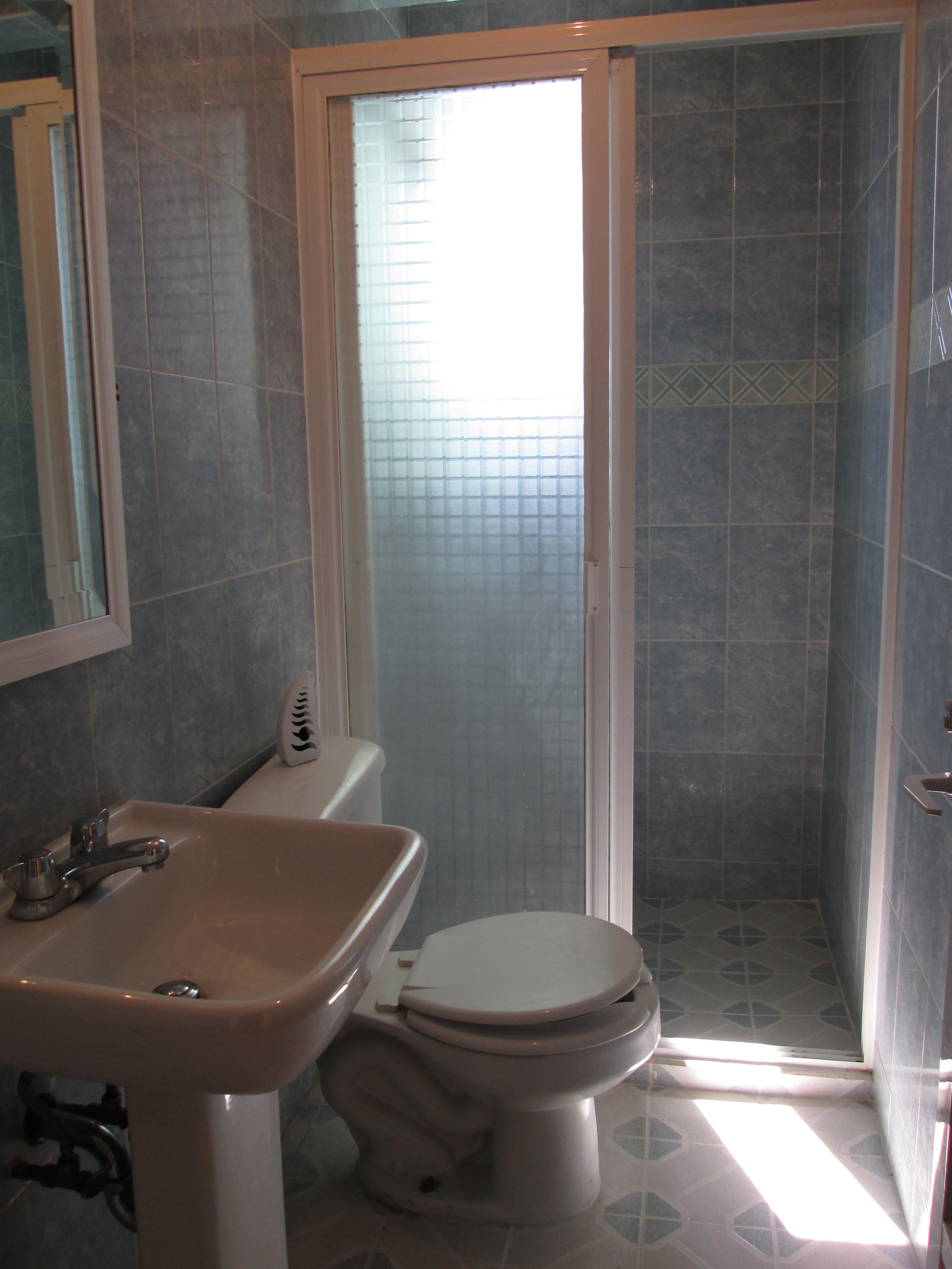 Departamento amueblado tipo suite cerca metro facturamos for Terrazas tlahuac